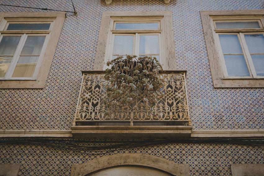 azulejos balcony
