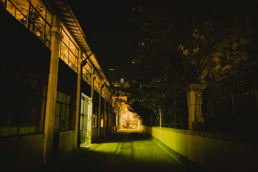 alley in Cais do Sodré