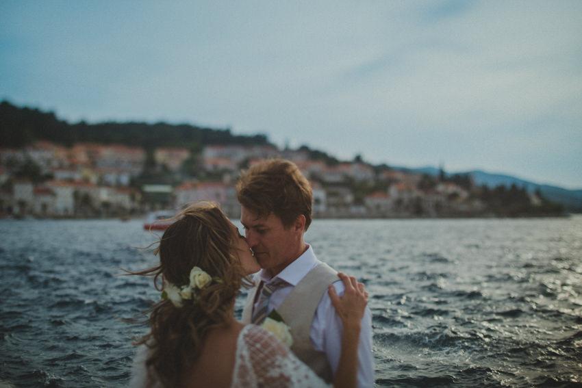 kiss near the sea