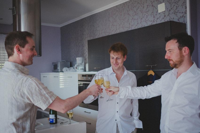 toast of groom and groomsmen