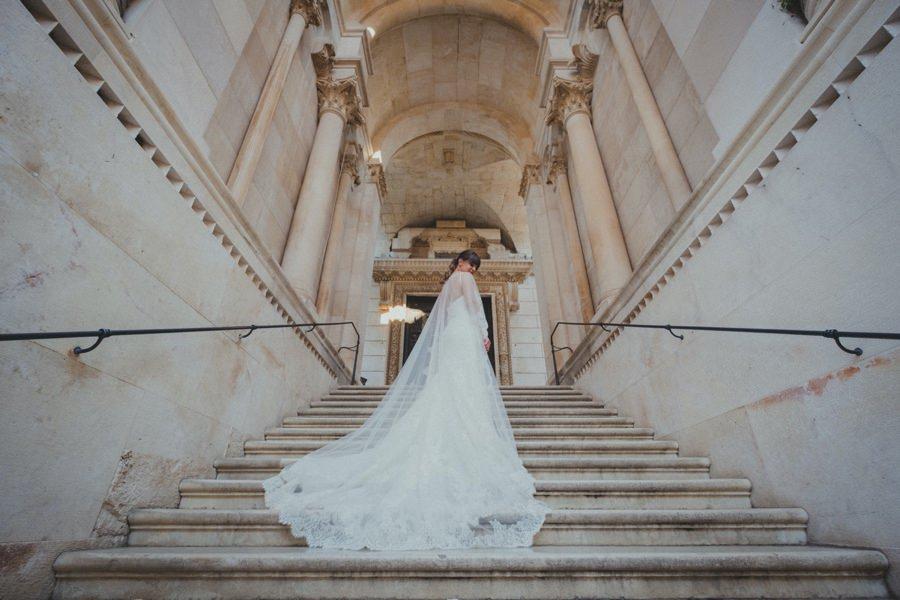 bride split church
